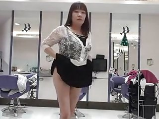 Horny chinese woman show pussy in salon