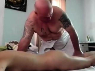 Oil massage hot asian dame