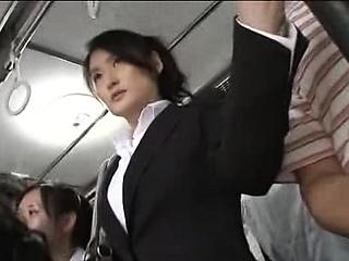 Japanese public bus blowjob and fianc�