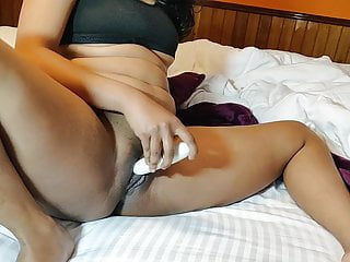 Horny Indian Mode Dildo Penetration In Pussy