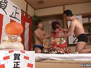 Japanese housewife, Ran Monbu got a facial, uncensored
