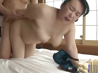 Plump Big Ass Japanese Materfamilias together with Sprog Creampie